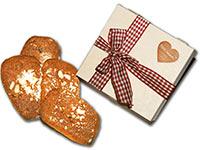 Geschenkidee von Ischler Lebkuchen: Holzkistchen gefüllt mit Elisen-Lebkuchen